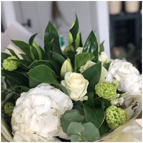 White Mix (Florist Choice)