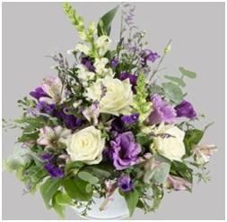 Lilac Splash Vase Arrangement (Florist Choice)