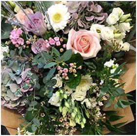 Vintage Bouquet (Florist Choice)