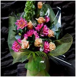 Aqua Bouquet (Seasonal Florist Choice)