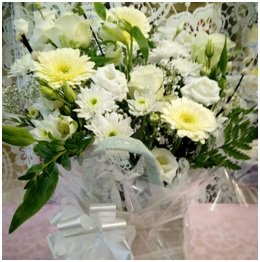 White Gift Bag (Florist Choice)