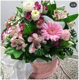 Pink Hat Box Mix (Florist Choice)