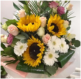 Yellow and White Hand Tie (Florist Choice)