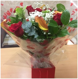 Rose & Lily (Florist Choice)