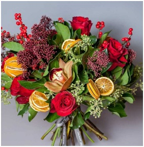 Christmas Cracker BQ (Florist Choice)