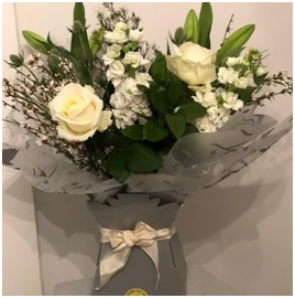 White Mixed Aqua (Florist Choice)