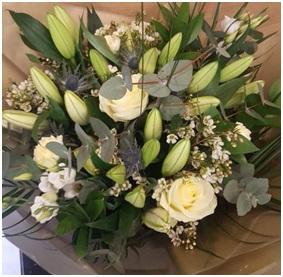 White Mixed Bouquet (Florist Choice)