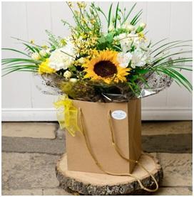 Hedgerow Hand Tie (Florist Choice)