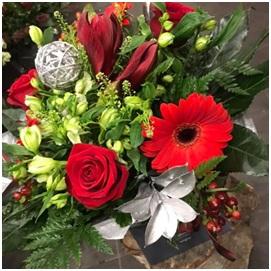 Red Aqua Bouquet (Florist Choice)